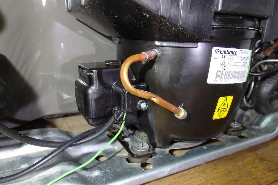 линейный компрессор с подключением через реле
